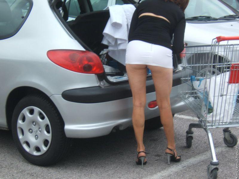 Mini Jupe Courte - Videos Porno Gratuites de Mini Jupe